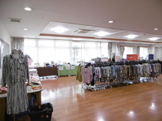 そんぽの家東川口(介護付有料老人ホーム)の画像(18)買い物イベント