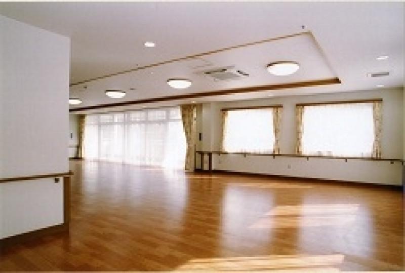 そんぽの家東川口(介護付有料老人ホーム)の画像(5)食堂