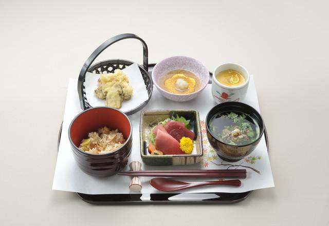 ルフラン荻窪(介護付有料老人ホーム)の画像(9)食事例