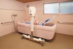 そんぽの家溝の口(介護付有料老人ホーム)の画像(7)機械浴室