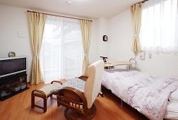 そんぽの家光が丘(介護付有料老人ホーム)の画像(4)居室です。