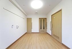 そんぽの家錦糸町(介護付有料老人ホーム)の画像(5)窓側からの居室