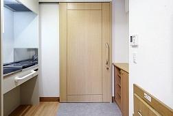 そんぽの家錦糸町(介護付有料老人ホーム)の画像(3)明るく、機能的な室内