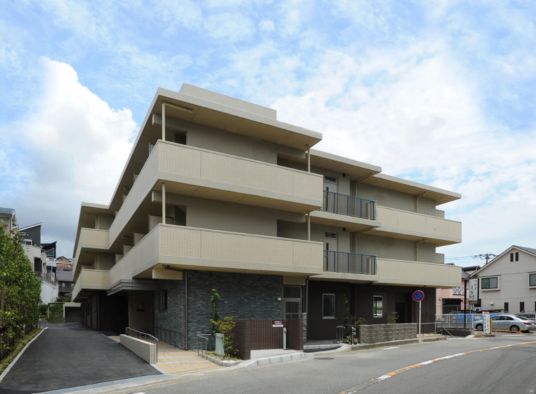そんぽの家S高田(サービス付き高齢者向け住宅)の画像(1)