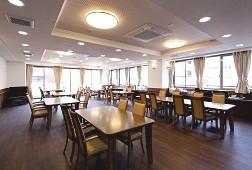 そんぽの家S綾瀬(サービス付き高齢者向け住宅)の画像(2)食堂
