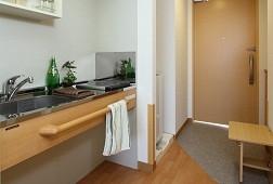 そんぽの家S扇大橋(サービス付き高齢者向け住宅)の画像(5)居室 玄関