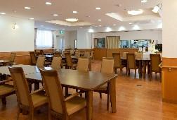 そんぽの家S北綾瀬(サービス付き高齢者向け住宅)の画像(2)食堂