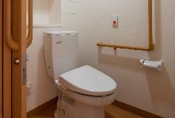 そんぽの家S北綾瀬(サービス付き高齢者向け住宅)の画像(6)居室トイレ