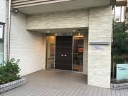 そんぽの家S井荻(サービス付き高齢者向け住宅)の画像(10)玄関