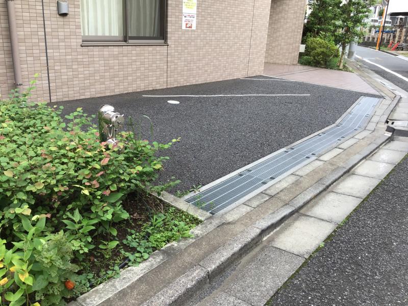 そんぽの家S江古田(サービス付き高齢者向け住宅)の画像(14)駐車場