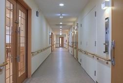 そんぽの家S豊四季(サービス付き高齢者向け住宅)の画像(4)玄関