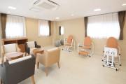 リハビリホームまどか王子神谷(介護付有料老人ホーム(一般型特定施設入居者生活介護))の画像(7)機能訓練室