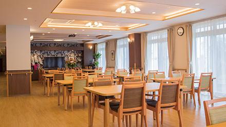 イリーゼ用賀(住宅型有料老人ホーム)の画像(9)食堂②