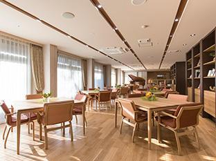 グランフォレスト学芸大学(介護付有料老人ホーム)の画像(5)食堂