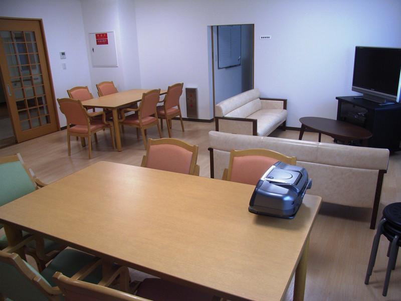スタイルケア南越谷(介護付有料老人ホーム)の画像(13)3階談話室