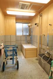 シンセリティ千代田一番町(介護付有料老人ホーム)の画像(14)檜風呂