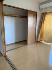ヴェルジェ新横浜Ⅲ なしの郷(サービス付き高齢者向け住宅)の画像(8)広めのクローゼット