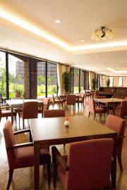 グリーンフォレストビレッジ楓コート(住宅型有料老人ホーム)の画像(5)レストラン