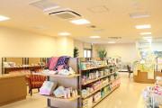 グリーンフォレストビレッジ楓コート(住宅型有料老人ホーム)の画像(11)館内売店