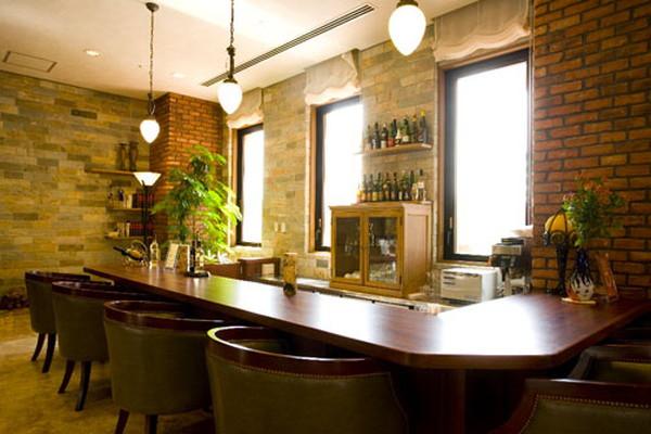 グリーンフォレストビレッジ楓コート(住宅型有料老人ホーム)の画像(6)バーカウンター