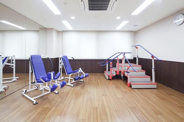 ニチイホーム都立家政(介護付有料老人ホーム(一般型特定施設入居者生活介護))の画像(6)機能訓練室