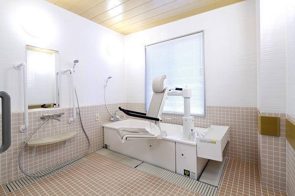 ニチイホーム都立家政(介護付有料老人ホーム(一般型特定施設入居者生活介護))の画像(9)個人浴室