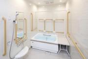 リハビリホームボンセジュール大倉山(住宅型有料老人ホーム)の画像(7)3F 浴室
