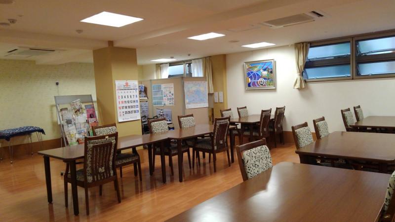 プライムライフ片倉(サービス付き高齢者向け住宅)の画像(4)1F共用スペース