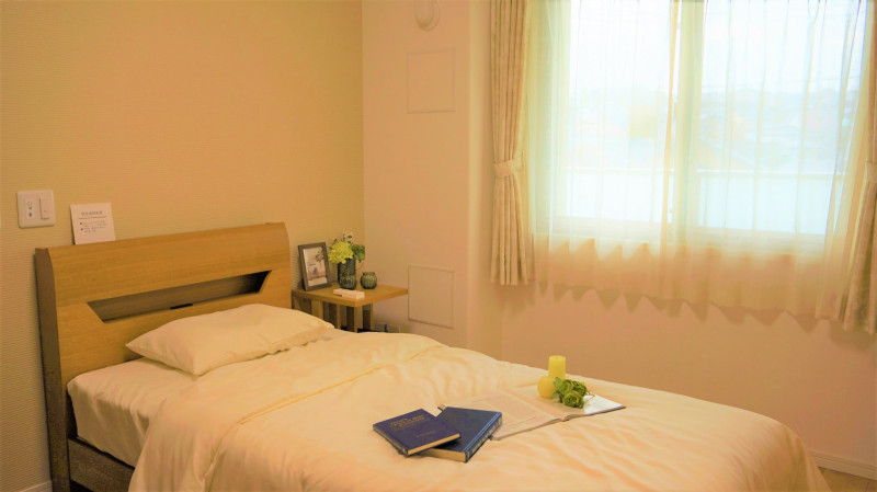 グランドマスト横浜鴨居(サービス付き高齢者向け住宅)の画像(15)寝室。