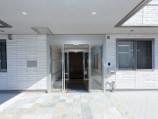 プレザンメゾン墨田立花(介護付有料老人ホーム)の画像(2)玄関