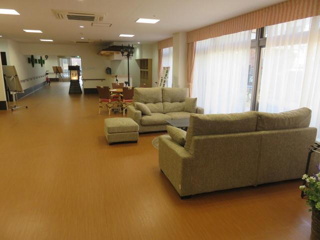 家族の家ひまわり三郷(介護付有料老人ホーム(一般型特定施設入居者生活介護)/サービス付き高齢者向け住宅)の画像(4)