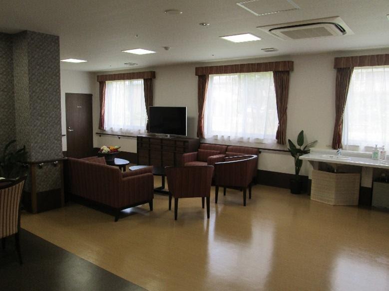アシステッドリビング練馬(介護付有料老人ホーム)の画像(7)食堂・機能訓練室5
