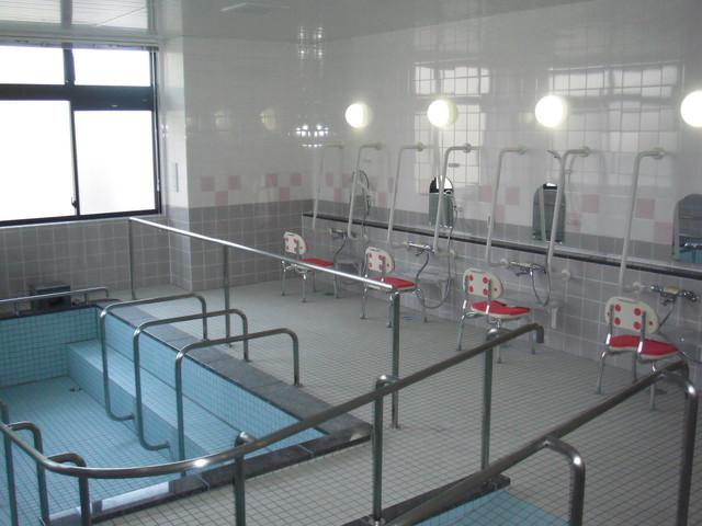 ベストライフ東大泉(介護付有料老人ホーム)の画像(15)一般浴室