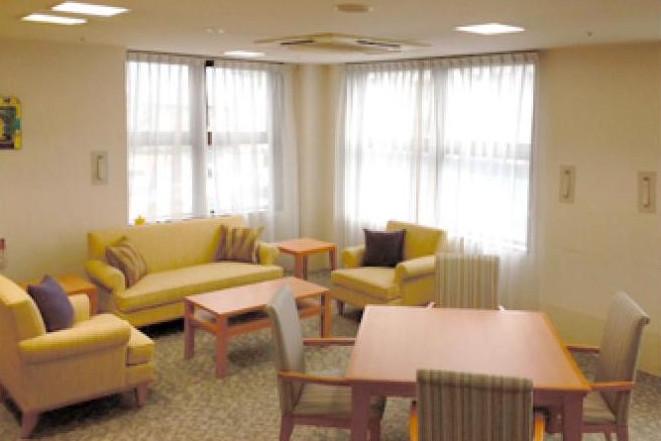 グランダ西大泉・練馬(介護付有料老人ホーム(一般型特定施設入居者生活介護))の画像(3)ラウンジ