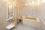 グランダ大山弐番館(介護付有料老人ホーム(一般型特定施設入居者生活介護))の画像(8)檜風呂