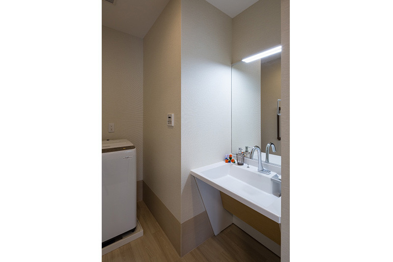 チャームプレミア深沢(介護付有料老人ホーム)の画像(16)居室_洗面台