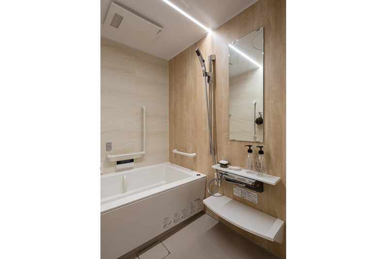 チャームプレミア深沢(介護付有料老人ホーム)の画像(17)浴室