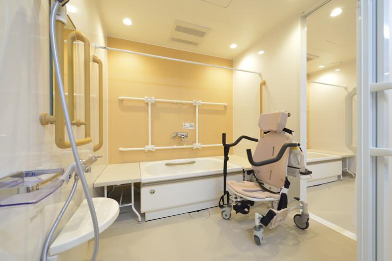 アミカの郷越谷(介護付有料老人ホーム)の画像(6)浴室