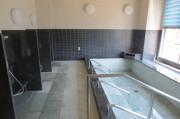 アイリスガーデン昭島 昭和の森(サービス付き高齢者向け住宅)の画像(21)大浴室①