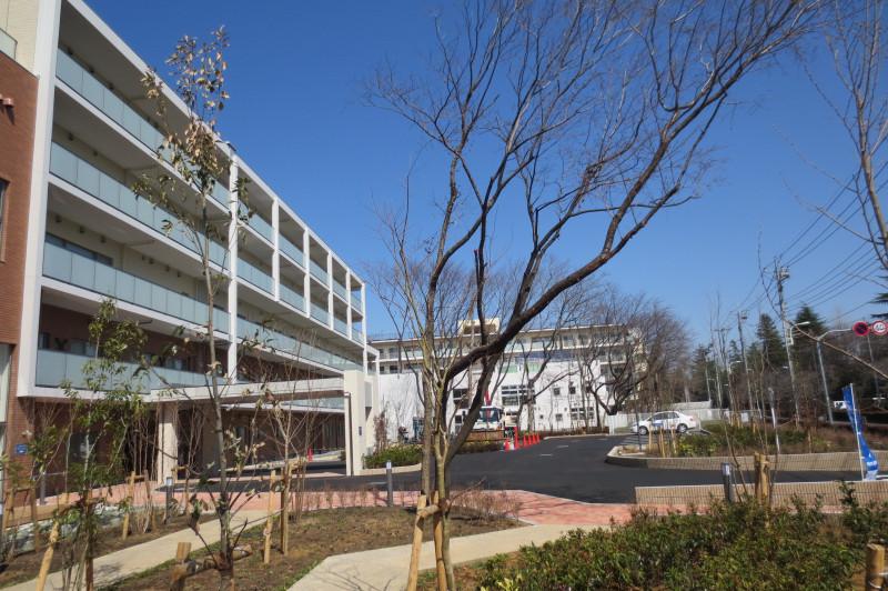 アイリスガーデン昭島 昭和の森(サービス付き高齢者向け住宅)の画像(2)外観②