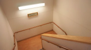 コスモス中山(サービス付き高齢者向け住宅)の画像(8)階段