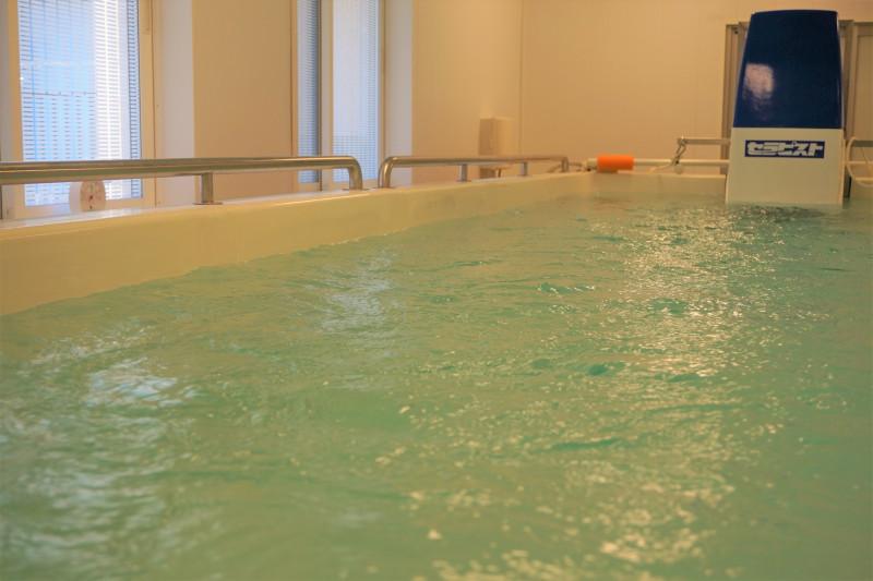 ぐるーぷ藤二番館・柄沢(サービス付き高齢者向け住宅)の画像(9)超音波温水プール