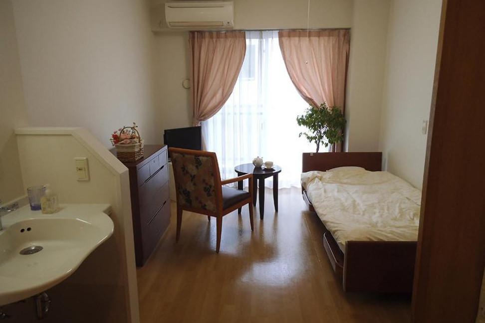 メディカル・リハビリホームまどか富士見台(介護付有料老人ホーム(一般型特定施設入居者生活介護))の画像(2)居室イメージ