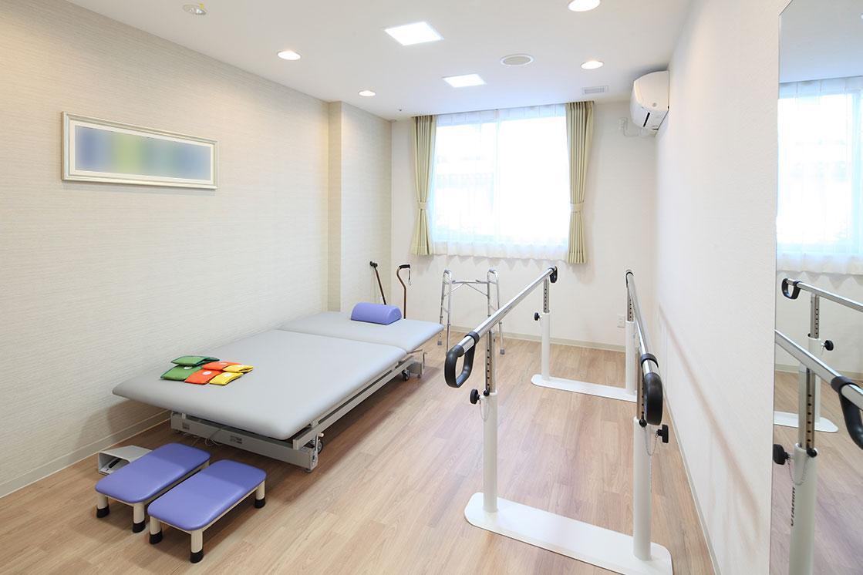 リハビリホームグランダ平和台(介護付有料老人ホーム(介護専用型/一般型特定入居者生活介護))の画像(7)1F 機能訓練室