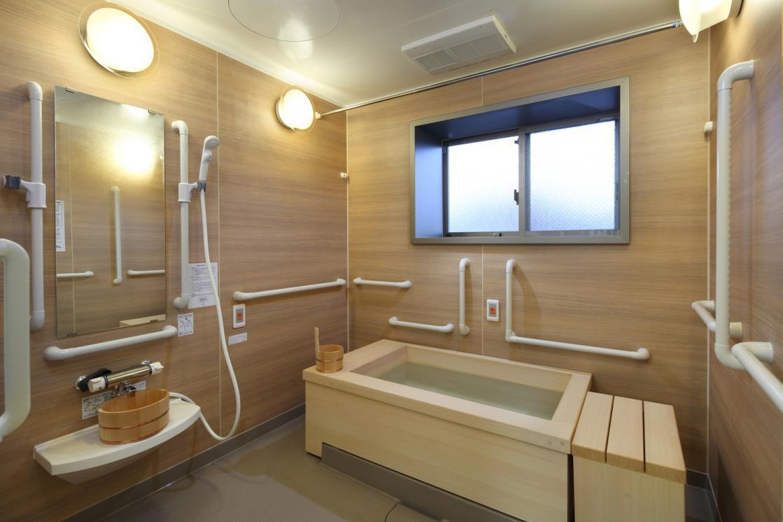 グランダ井荻(住宅型有料老人ホーム)の画像(9)3F 浴室