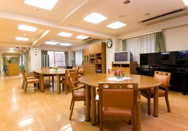 ライフコミューン石神井公園(介護付有料老人ホーム)の画像(2)
