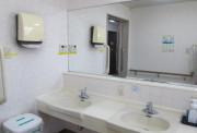 ライフコミューン豊島園(介護付有料老人ホーム)の画像(9)共同洗面所