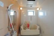 アースサポートクオリア東浦和(介護付有料老人ホーム)の画像(25)機械浴(チェアー式)
