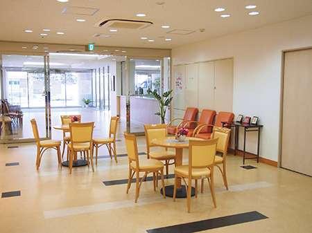 すこや家・西尾久(介護付有料老人ホーム)の画像(3)食堂