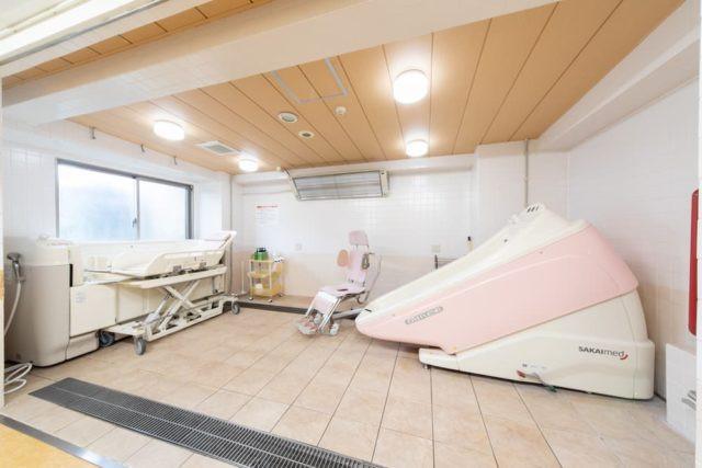 ファミニューすみだ文花(介護付有料老人ホーム)の画像(7)機械浴室